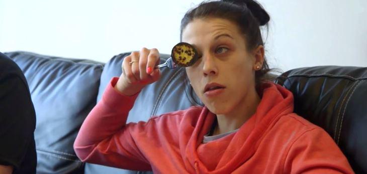 Joanna Jedrzejczyk Eats Zucchini