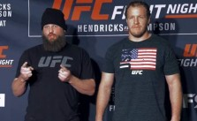 Roy Nelson vs Jared Rosholt